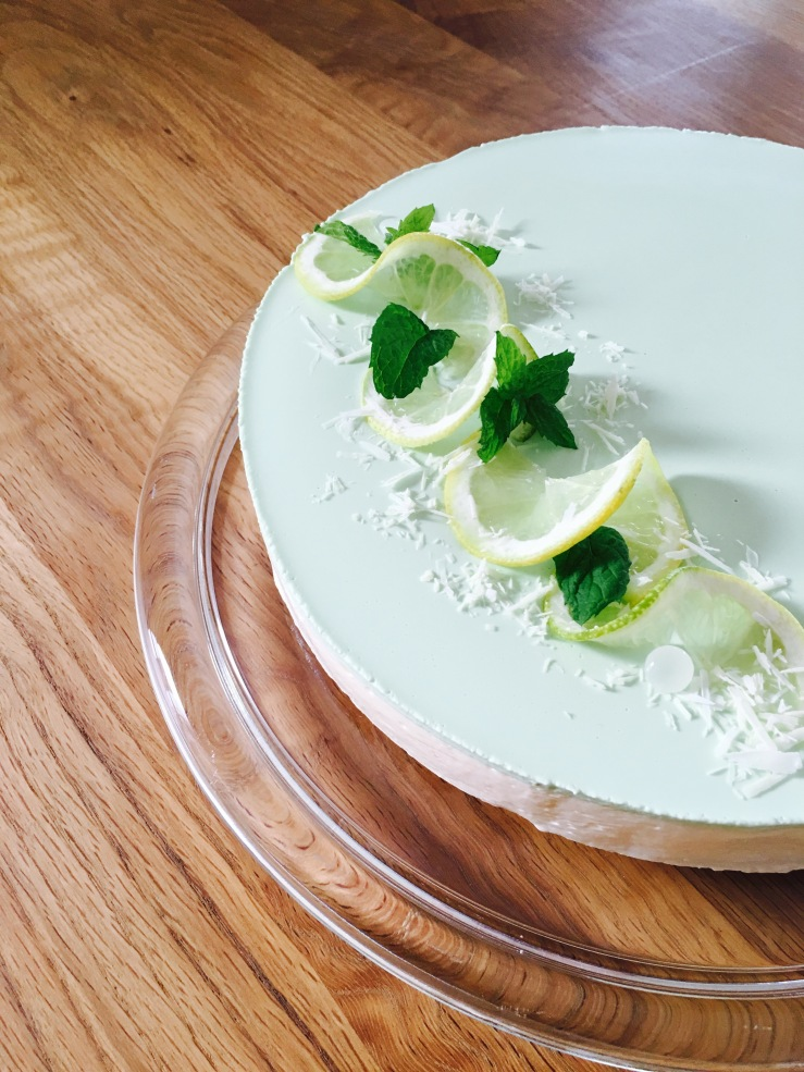 trendiger Lemon-Cheesecake