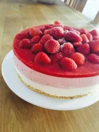 sensationelle Erdbeer-Schichttorte