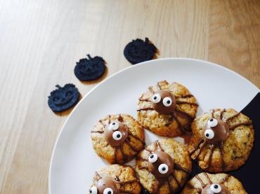 gruselige Spinnen-Cookies