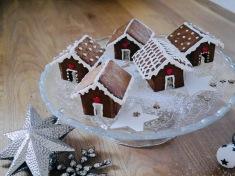 niedliche Mini-Lebkuchenhäuser